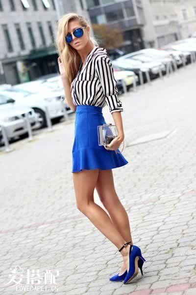 宝石蓝短裙搭配